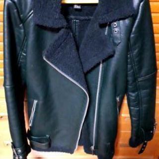フォーエバー21 合皮【深緑】裏起毛付きレザージャケット