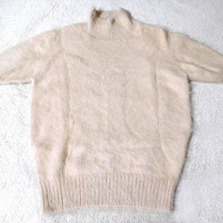 薄茶セーター/アンゴラ70ナイロン30