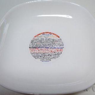 ヤマザキ 春のパン祭りの四角皿