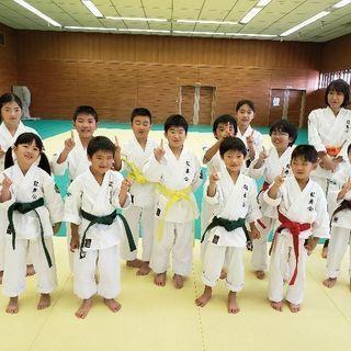 池田市の空手教室 空手道『龍舞会』五月山体育館教室