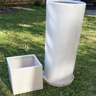 ガーデニング用品・白い陶器の植木鉢