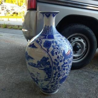 飾り壺 花瓶 置物 ①