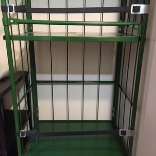 本宏製作所のコンテナ 床板スチールタイプ
