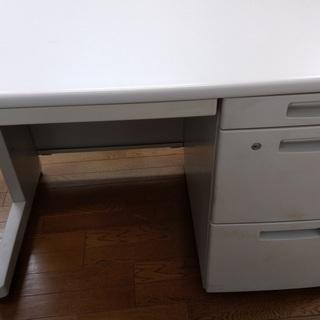 コクヨ KMK BSE10 オフィスデスク 片袖机 4つの引き出し...