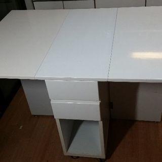 折り畳みダイニングテーブル 収納つき