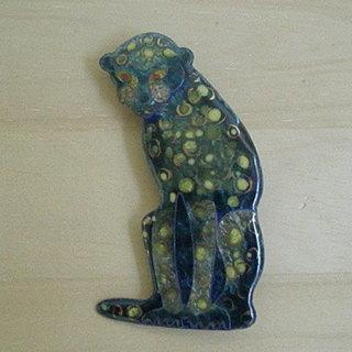 七宝焼 銀座の和光「 黒豹 」ブローチ 8.4cm