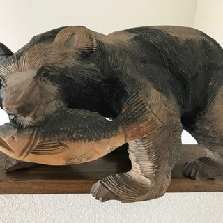 北海道の民芸品 熊とアイヌの置物