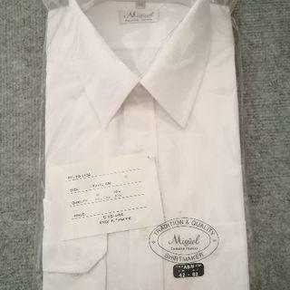 ワイシャツ白長袖(タグ付き未使用)