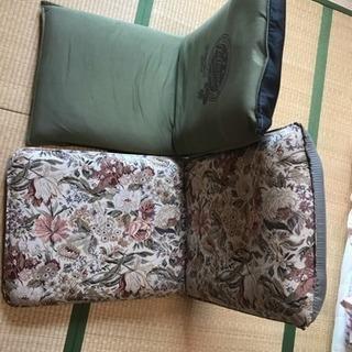 折畳み座椅子