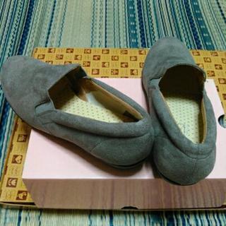 NUOVOの靴 M サイズ