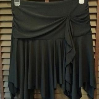 美品■スカート■黒■衣装やパンツスタイルに