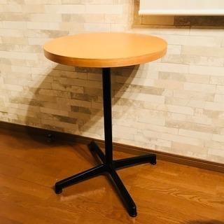 【11/19(月)14時】カフェテーブル、椅子付き