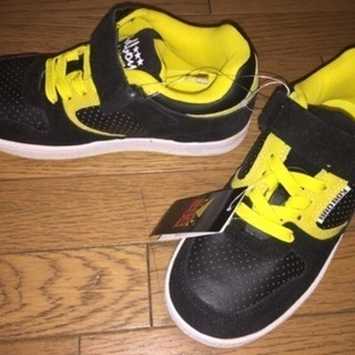 新品 バッドボーイ♪男児 スニーカーシューズ 靴 21.5cm