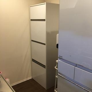 キッチン 棚 収納 白 食器棚