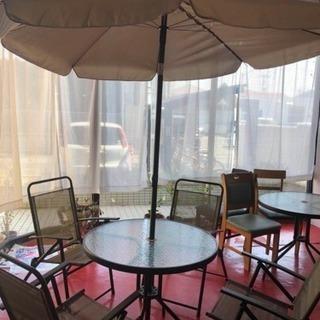椅子、テ-ブル、傘セット