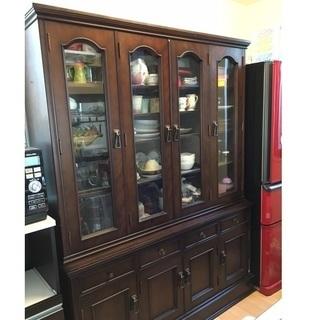アンティーク食器棚