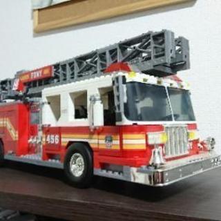 超レア!メガブロックFDNY消防車 完成品 ビッグサイズ!