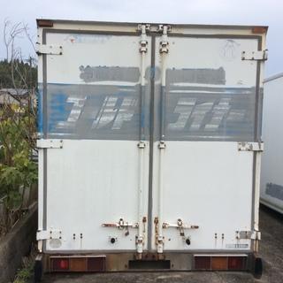 倉庫 コンテナ トラック荷台 箱 1