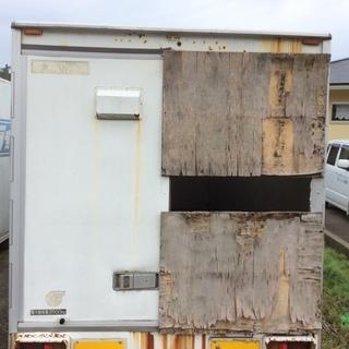 倉庫 コンテナ トラック荷台 箱 2