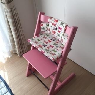 【シュトッケ】トリップトラップ ピンク クッション付