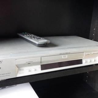 DVP-NS715P プログレッシブ出力対応DVDプレーヤー