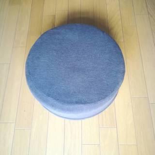 円柱型クッション(茶色)
