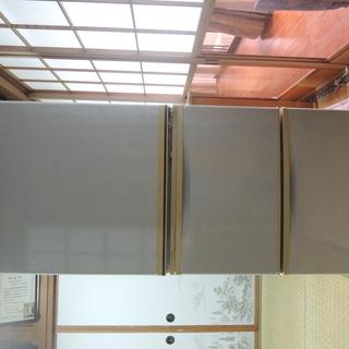 SANYO 電気冷蔵庫 270L 無料