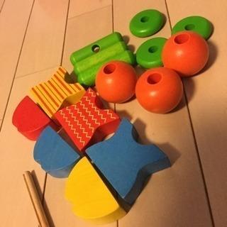 知育玩具 ひも通しプラントイ 美品