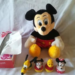 ミッキーマウスとお手玉4つ