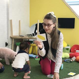 0歳からの外国人ママ講師によるベビー英会話 in 四天王寺