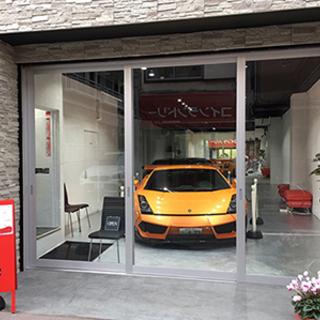 東京 板橋区 スーパーカーのあるカフェ併設のシェアハウスが、20...