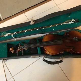 Antonius Stradivarius アントニオ ストラデ...