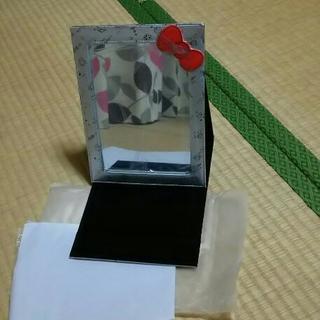 【新品未使用】キティちゃんミラー