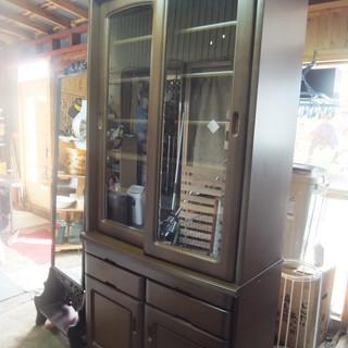 ガラス扉 開き扉 上品 シンプル カップボード  収納家具 本棚...