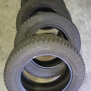 14年製 スタッドレスタイヤ4本