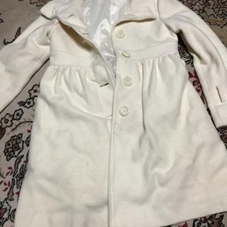 リズリサのコートです。