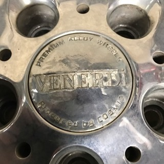 取引先決まりました🙇♂️扁平廃タイヤ、VENERDIホイール(アイシス、セレナ、ノア、ヴォクシー他) - 南都留郡