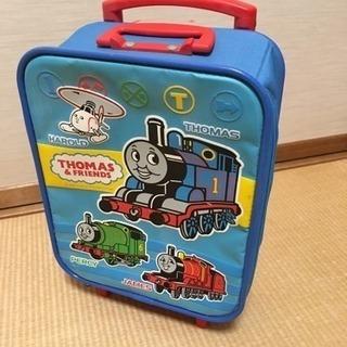 中古 トーマスの小さいキャリーバッグとジャンク電車のおもちゃいろいろ