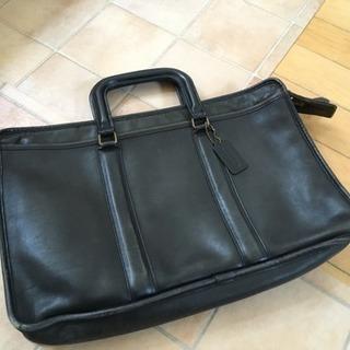 coach のビジネスバッグです。約ですか横40センチ縦2…
