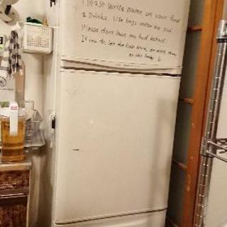 ☆ホワイト冷蔵庫3ドア無料0円引き取り希望・デリバリー要相談☆