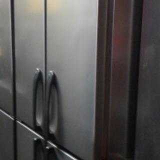 業務用冷蔵庫 900x850x1900