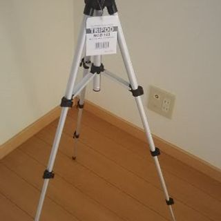 新品 カメラ三脚