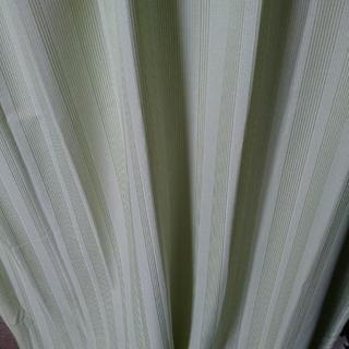 厚手 一級カーテン 100×190(?) 黄緑ストライプ×二枚