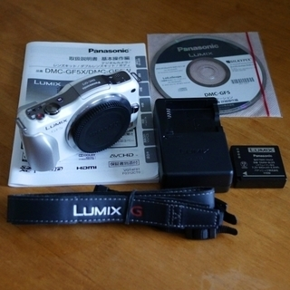 極美品 LUMIX GF5 シェルホワイトボディ