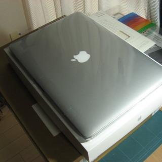 2015 MID 15.4インチMacBook Pro 2.2G...