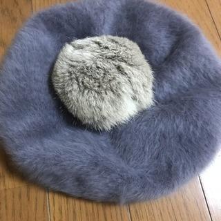 ボンボン付きベレー帽  新品未使用