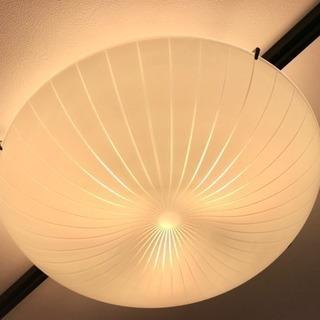 【終了】IKEA ガラス製シーリングランプ(LED×3)