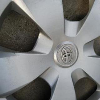 トヨタ ラクティス 16インチ ホイール カバー - 売ります・あげます