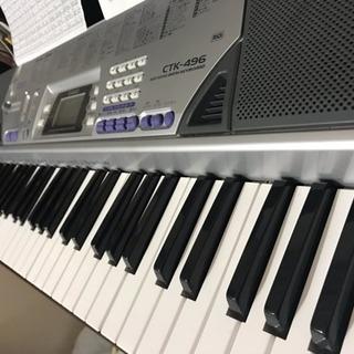 カシオ 美品 電子ピアノ CTK-496