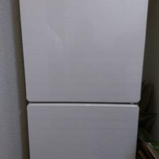 ノンフロン冷凍冷蔵庫 U-ING UR-F110E 2013年製